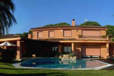 Exquisite 4 bedroom house in a beautiful zone of Costa Maresme